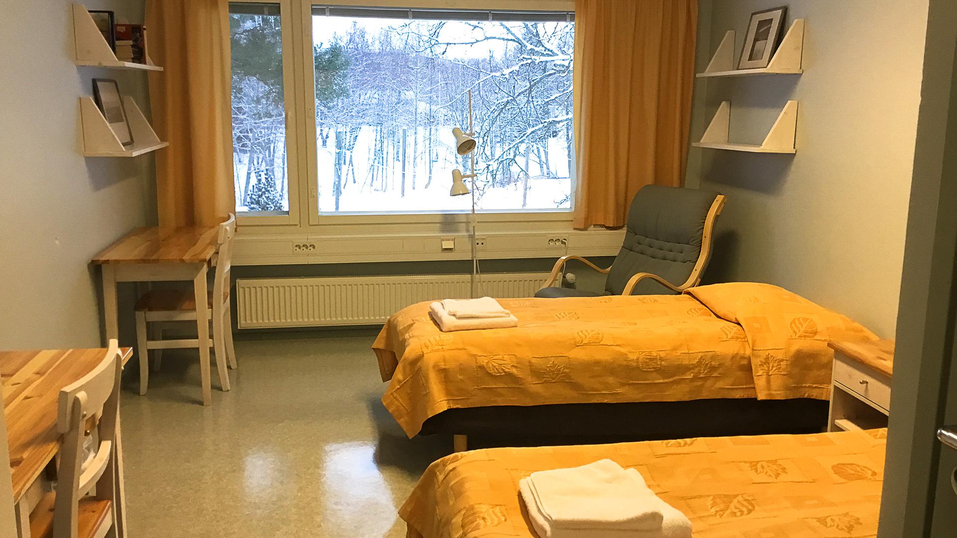 Majoitusta ympäri vuoden rauhallisella ja luonnonkauniilla alueella Kälviällä noin 20 minuutin ajomatkan päässä Kokkolasta.