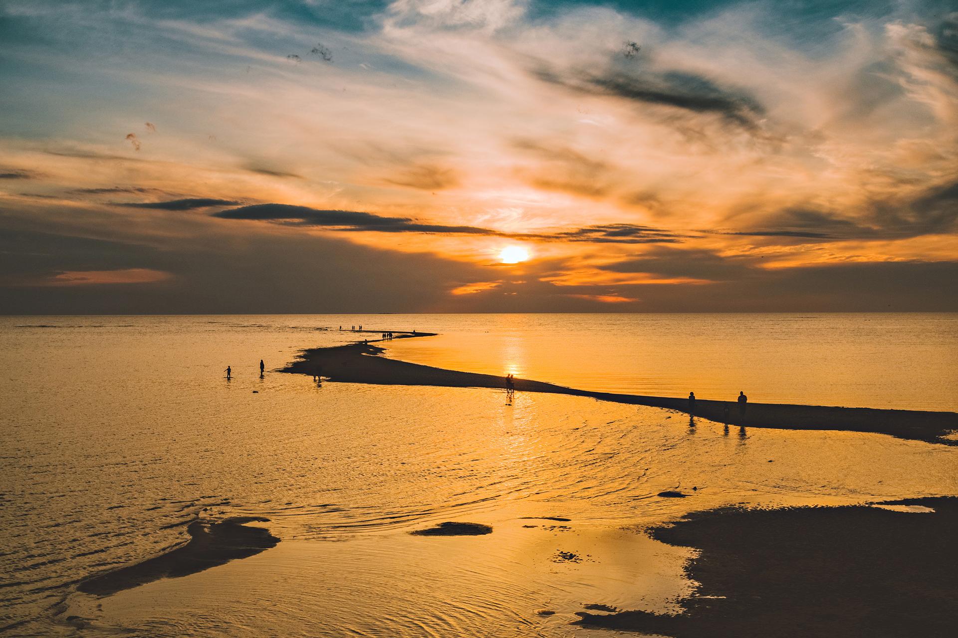 Sunset at the beaches in Kalajoki Hiekkasärkät, photo Henri Luoma